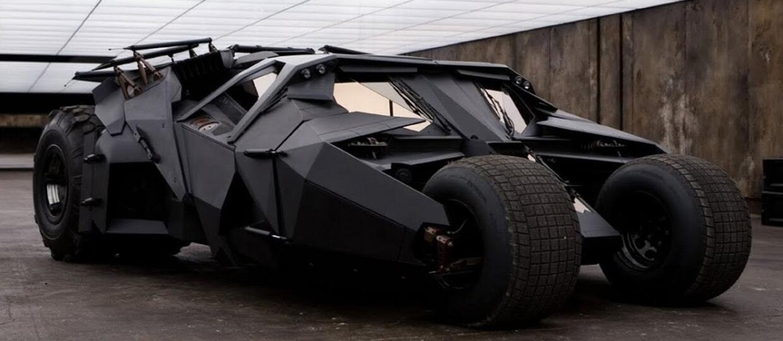 Pewien mężczyzna odnalazł opuszczony Batmobil w lesie