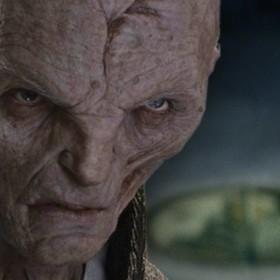 """Pochodzenie Snoke'a ze """"Star Wars"""" potwierdzone. Skąd pochodzi przywódca Najwyższego Porządku?"""