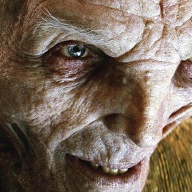 Snoke (Andy Serkis)