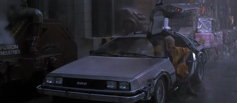 """Próbował się przenieść w czasie za pomocą auta z filmu """"Powrót do przyszłości"""""""