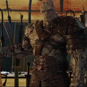 """Reżyser """"Thor: Ragnarok"""" wystąpił w swoim filmie w aż 4 rolach"""