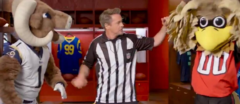 Robert Downey Jr. jako Dolittle przerwał walkę między dwiema maskotkami drużyn NFL