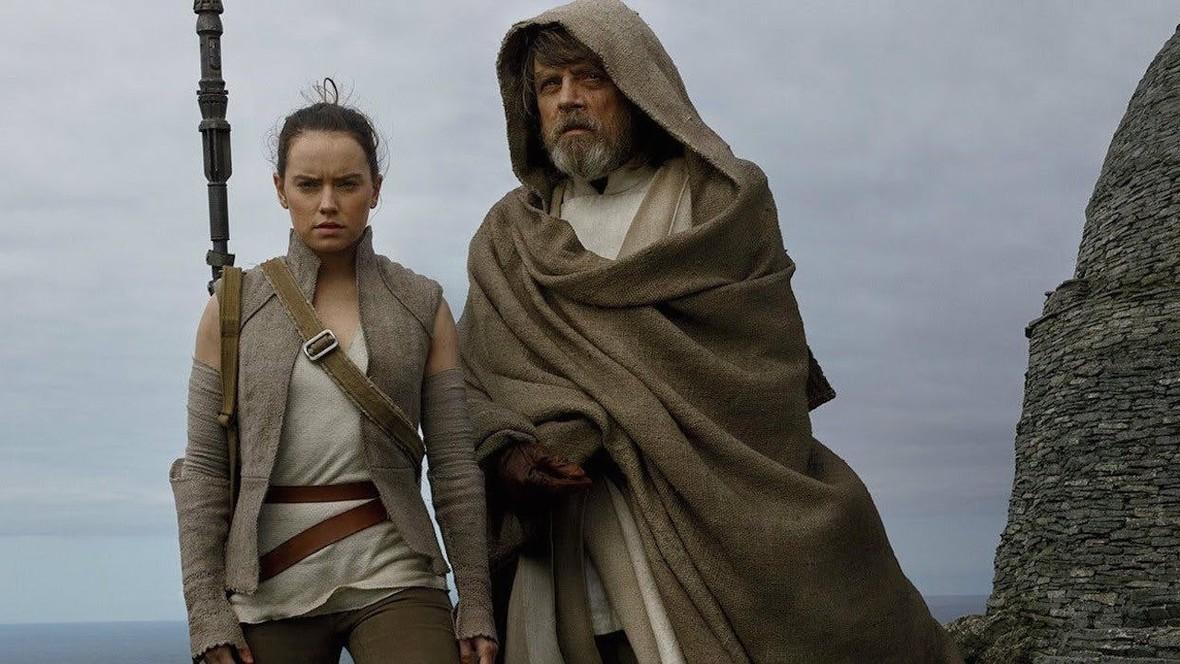"""Rosyjskie boty są odpowiedzialne za hejt na film """"Gwiezdne Wojny: Ostatni Jedi""""?"""