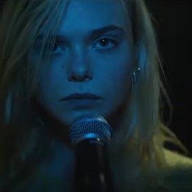 """Foto: Kadr ze zwiastuna filmu """"Teen Spirit"""""""