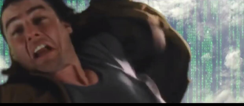 Tom Cruise skoczył z budynku i przeleciał przez słynne sceny filmowe