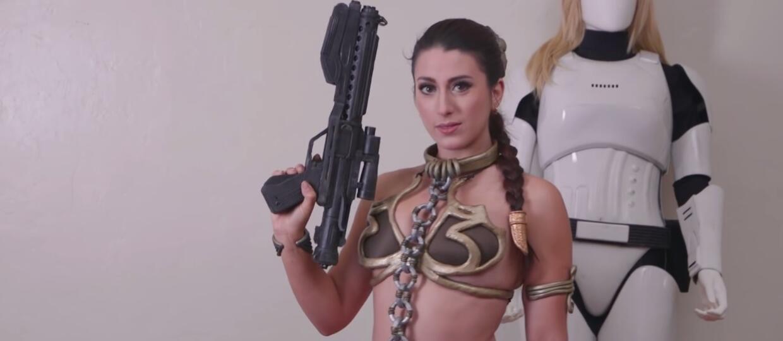 Zamień swoją dziewczynę w Leię-niewolnicę