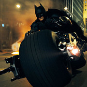 """Zobacz, jak miał wyglądać motocykl Batmana w """"Lidze Sprawiedliwości"""""""