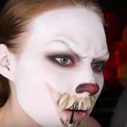 Zrób sobie makijaż Pennywise'a