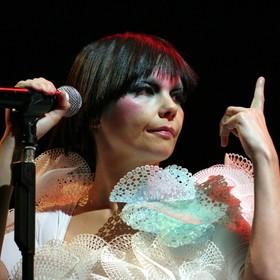 """Björk oskarżyła """"duńskiego reżysera"""" o molestowanie seksualne"""