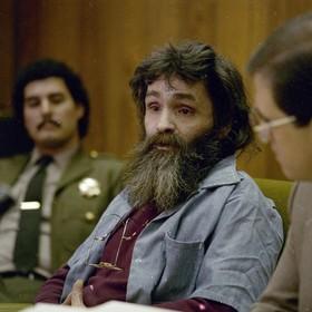 Decyzją sędziego ciało zmarłego Charlesa Mansona po 4 miesiącach trafi do jego wnuka