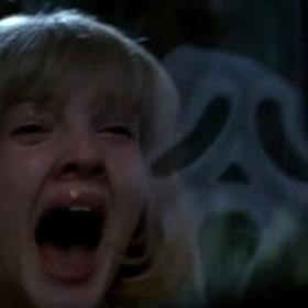 Krzyk, Drew Barrymore