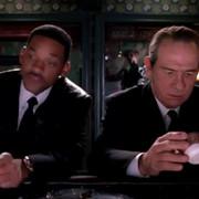 """""""Faceci w czerni"""" powracają, ale bez Tommy'ego Lee Jonesa i Willa Smitha"""