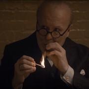 """Gary Oldman zatruł się nikotyną na planie """"Czasu mroku"""". Co było przyczyną?"""
