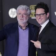 """""""Gwiezdne Wojny"""" krytykowane za zbyt dużą ilość białych mężczyzn wśród scenarzystów i reżyserów"""
