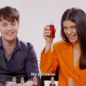 Jaskier i Yennefer próbują polskiej wódki