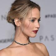 """Jennifer Lawrence jest bez serca na plakacie filmu twórcy """"Requiem dla snu"""""""