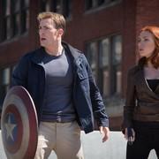 Kapitan Ameryka chce filmu o Czarnej Wdowie