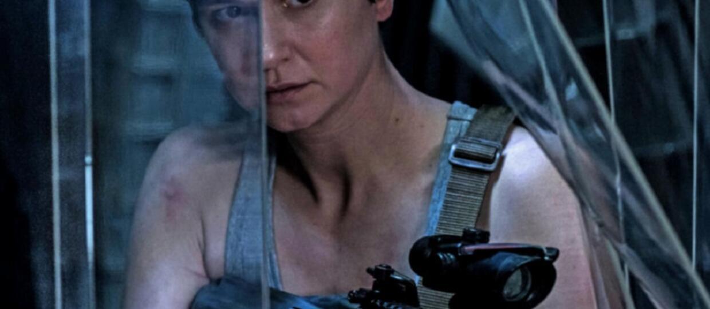 """Katherine Waterston we krwi na zdjęciu z """"Obcego: Przymierze"""""""