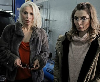 Katarzyna Warnke i Agnieszka Dygant (Kobiety mafii )