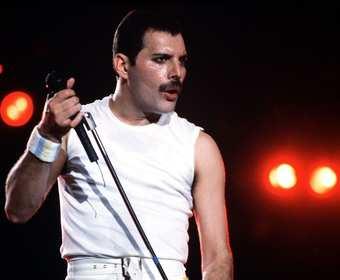 Kto zagra Freddiego Mercury'ego w filmowej biografii?