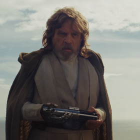 """Luke Skywalker rozmawia z Rey w pierwszym telewizyjnym spocie filmu """"Gwiezdne Wojny: Ostatni Jedi"""""""