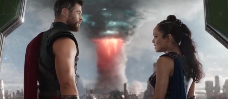 Chris Hemsworth i Tessa Thompson