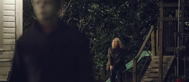 """Michael Myers atakuje Laurie Strode w pierwszym fragmencie nowego """"Halloween"""""""