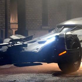 Batman v Superman Batmobil