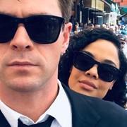 """Nareszcie poznaliśmy tytuł """"Facetów w czerni"""" z Chrisem Hemsworthem i Tessą Thompson"""
