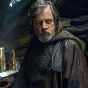 """Narzekania fanów na """"Ostatnich Jedi"""" nie wpłyną na fabułę IX epizodu """"Gwiezdnych Wojen"""""""