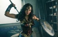 Gal Gadot w Wonder Woman