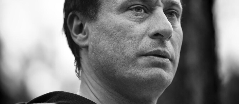 """Nie żyje aktor z serii """"Millenium"""" i """"Johna Wicka"""". Miał 56 lat"""