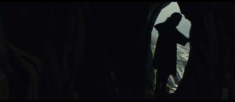 """Nowy wygląd Luke'a Skywalkera na zdjęciach z filmu """"Gwiezdne wojny: Ostatni Jedi"""""""