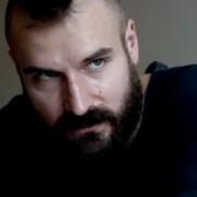 """Piotr Stramowski będzie walczył w """"Klatce"""" – pierwszym polskim filmie o MMA"""