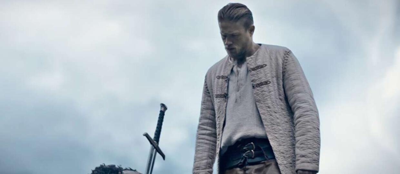 """Po tym klipie zrozumiesz, dlaczego """"Król Artur"""" jest legendą miecza"""