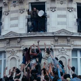 """Powstaje najbardziej romantyczny film o żywych trupach - """"The Night Eats the World"""", czyli apokalipsa zombie w Paryżu"""
