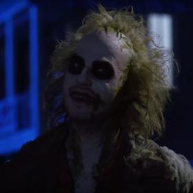 """""""Sok z żuka 2"""" jednak powstanie. Tim Burton i Michael Keaton znowu spotkają się na planie?"""