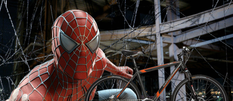 Spider-Man zatrzymuje złodzieja na zdjęciach z planu
