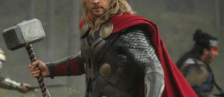 """Thor ściął włosy. Nowe zdjęcia z """"Thor: Ragnarok"""""""