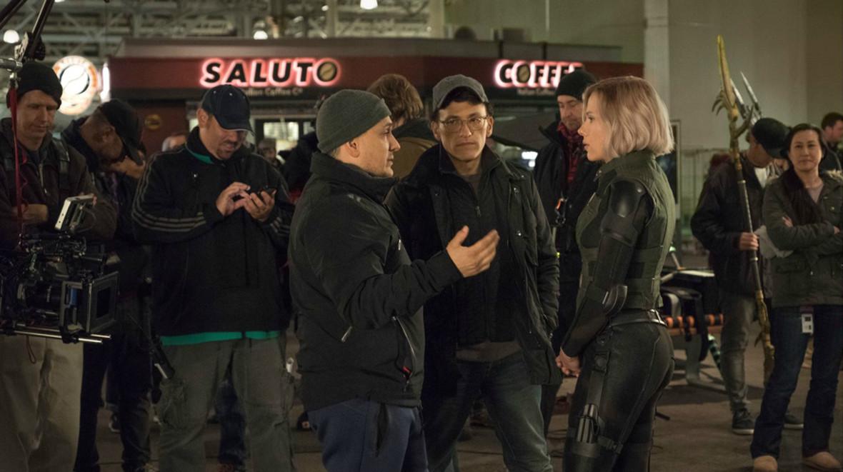 Bracia Russo i Scarlett Johansson