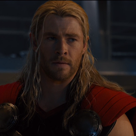 """W """"Avengers 4"""" powrócą... długie włosy Thora! Dowodzą tego nowe zdjęcia z planu."""