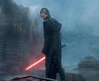 """Wyciekł oryginalny scenariusz IX części """"Gwiezdnych wojen"""". Jest lepszy od wersji finalnej?"""