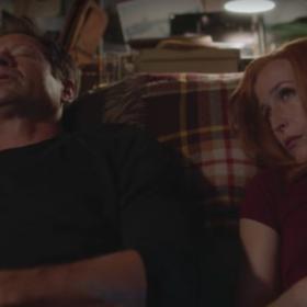 """Co się zmieni w relacji Muldera i Scully w 11. sezonie """"Z Archiwum X""""?"""