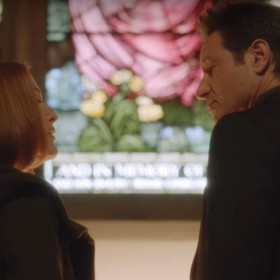 """Czy prawda o synu Muldera i Scully wyjdzie na jaw? Zobacz zwiastun ostatnich dwóch odcinków """"Z Archiwum X"""""""
