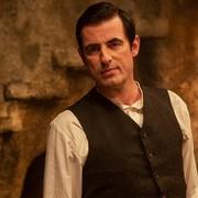 """""""Dracula"""" - pierwsze zdjęcia nowego serialu twórców """"Sherlocka"""" pojawiły się w sieci"""