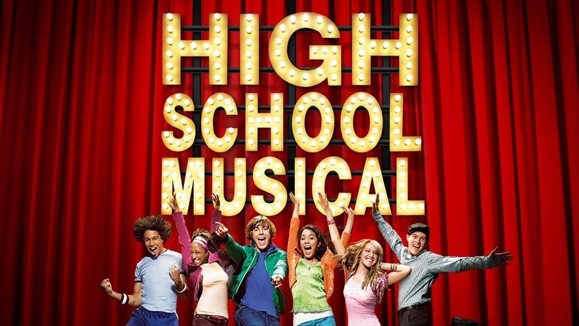 """""""High School Musical"""" powraca. Pojawiły się szczegóły o serialu na podstawie serii"""