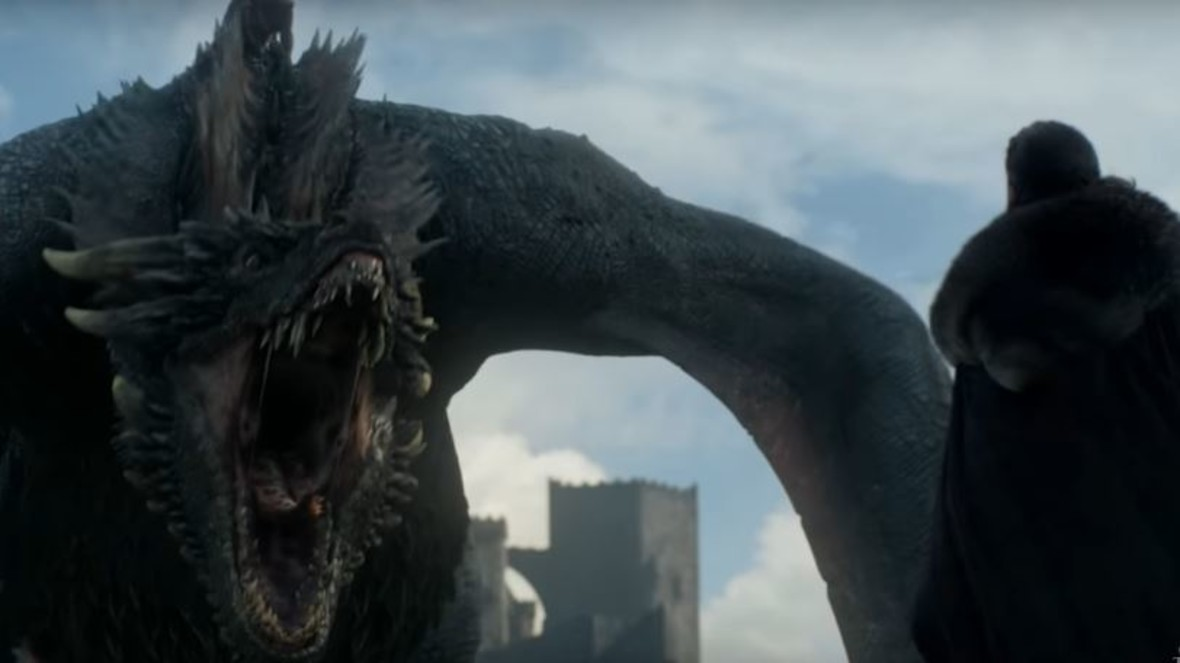 """Jon Snow spotyka Drogona. Jak w rzeczywistości wyglądała ta scena z """"Gry o tron""""?"""