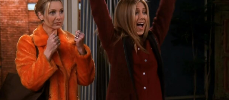 Friends Rachel and Phoebe