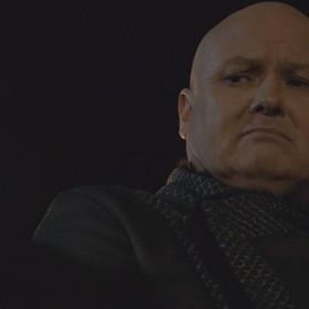 """Varys, foto: kadr z 5. odcinka 8. sezonu """"Gry o tron"""""""