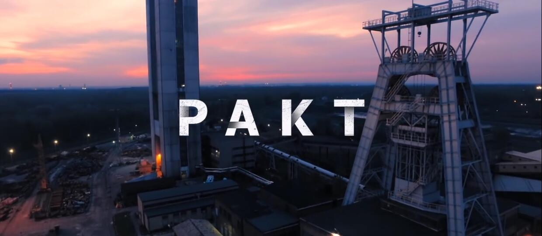 """""""Pakt"""" w materiałach z planu w 360 stopniach"""